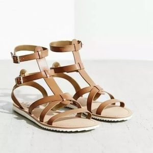 Circus by Sam Edelman flat brown sandals.